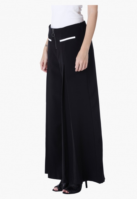 Pleated Flare Trousers