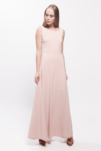 Sleeveless Maxi Dress with Lace Detail and Round Neck