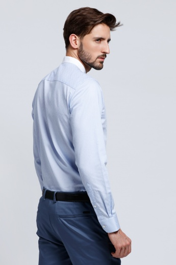 L'HOMME Mandarin Collar Shirt with Long Sleeves