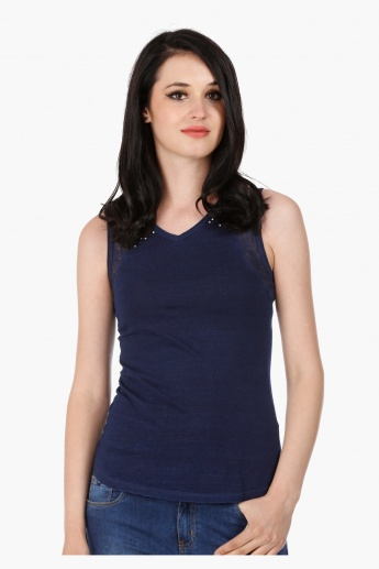 Embellished Cotton Sleeveless T-Shirt in Regular Fit