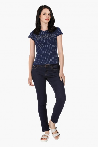 Embellished Cotton Round Neck T-Shirt in Regular Fit