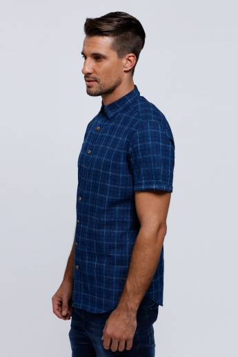 Chequered Short Sleeves Shirt with Spread Collar