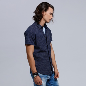 Eco friendly Printed Shirt with Concealed Placket and Short Sleeves