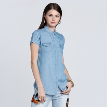 Short Sleeves Denim Shirt with Complete Placket