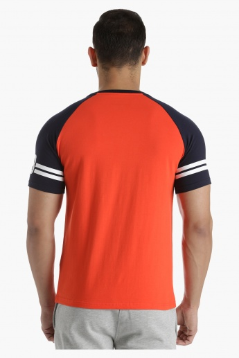 T-Shirt with Contrast Raglan Sleeves in Regular Fit