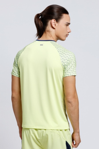 Printed Raglan Sleeves T-Shirt with Round Neck