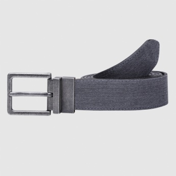 Textured Belt with Buckle Closure