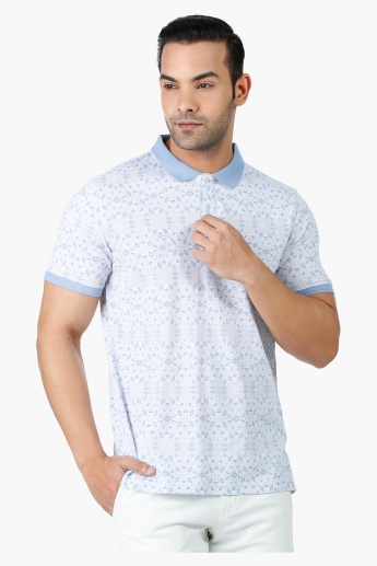 Geometric Print Cotton T-Shirt with Polo Neck and Short Sleeves in Regular Fit