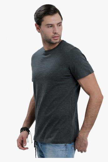 Crew Neck T-Shirt with Short Sleeves in Slim Fit
