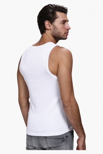 Sleeveless T-Shirt in Slim Fit