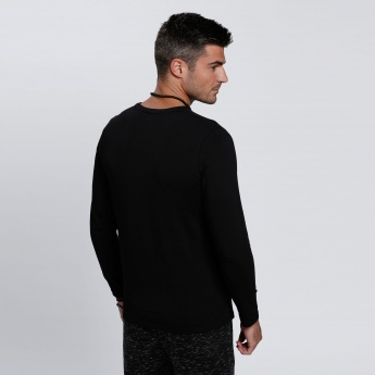 Long Sleeves T-Shirt with V-Neck
