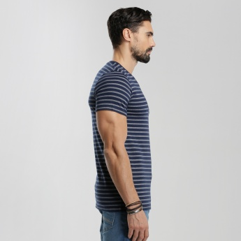 Printed V-Neck T-Shirt with Short Sleeves