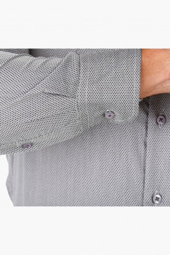Dobby Formal Shirt with Full Sleeves in Regular Fit