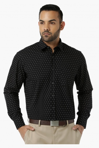 Printed Formal Shirt with Collar Neck in Regular Fit