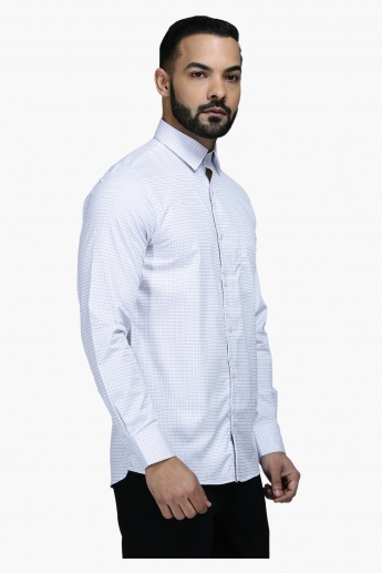 Formal Shirt with Cheques and Long Sleeves in Regular Fit