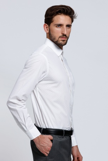 Arrow Long Sleeves Shirt with Complete Placket on the Front