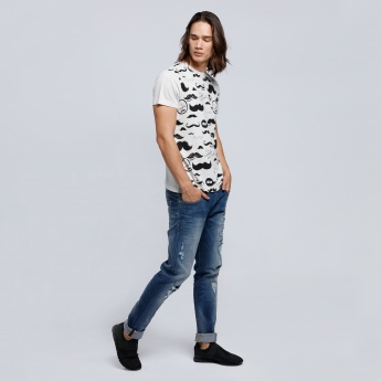 Smiley World Printed T-Shirt with Round Neck and Short Sleeves