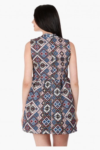 Sleeveless Tapestry Print Skater Dress Regular Fit