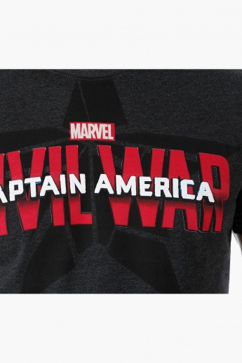 Captain America Printed T-shirt with Crew Neck and Short Sleeves