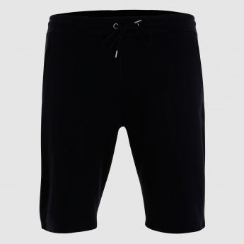 Shorts with Drawstring Closure