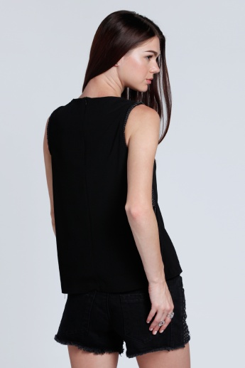 Sleeveless Top with Round Neck and Chain Detail